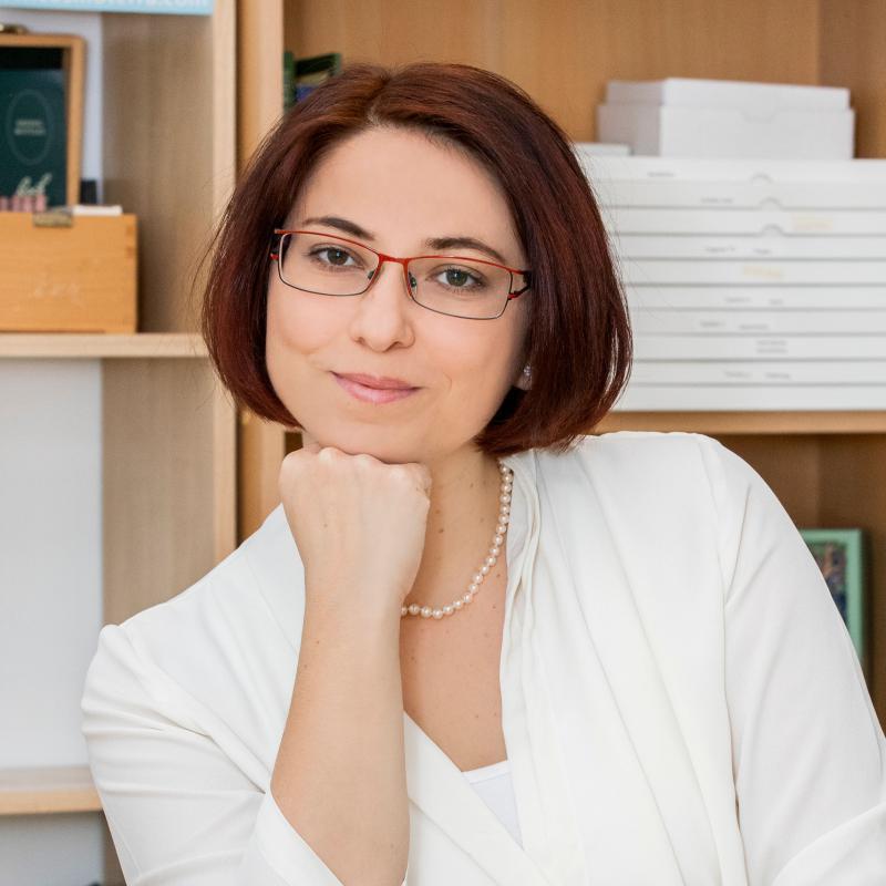 Elisabeth Sherina  Cener